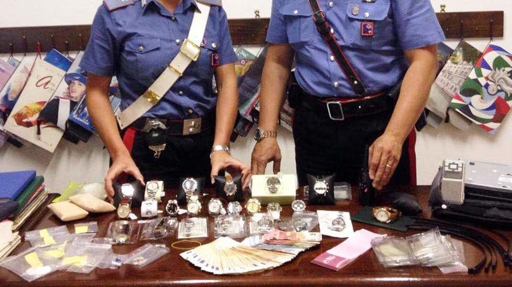 Rapina in una gioielleria a Naro, 40enne tradito da un morso