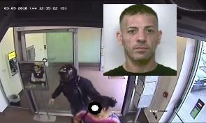 Costrinse una donna a prelevare per rapinarla, arresto a Riposto