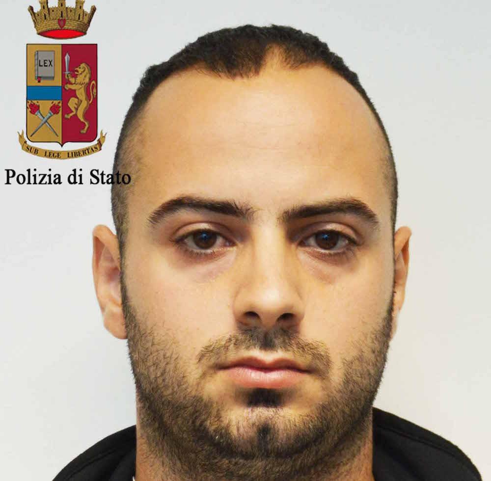 Ruba a Ragusa per poi spedire in Albania e Romania, arrestato