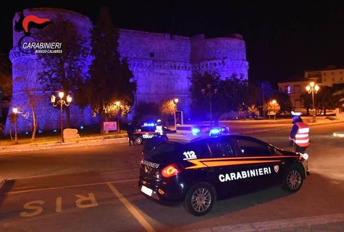 Rapine e scippi a Reggio Calabria, due arresti