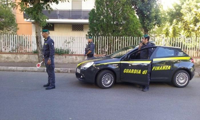 Falsi incidenti per incassare i risarcimenti, 71 indagati a Reggio Calabria