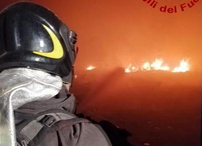 Incendio al teatro del carcere di Reggio Calabria: nessun ferito
