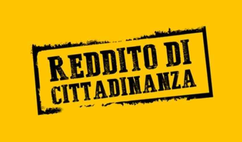"""Palermo, """"trucchi"""" su reddito cittadinanza: licenziato"""