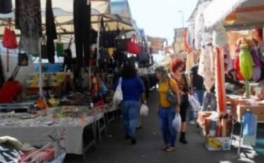Torna in piena attività il mercato di piazza Sgarlata a Siracusa