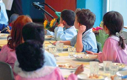 La minoranza protesta ad Avola per il mancato avvio della refezione scolastica