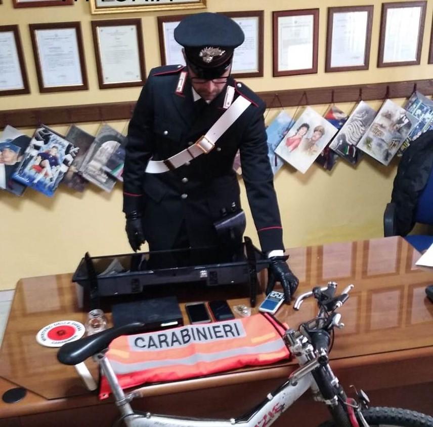 Acate, saccheggiava un centro di accoglienza: ladro arrestato dai carabinieri