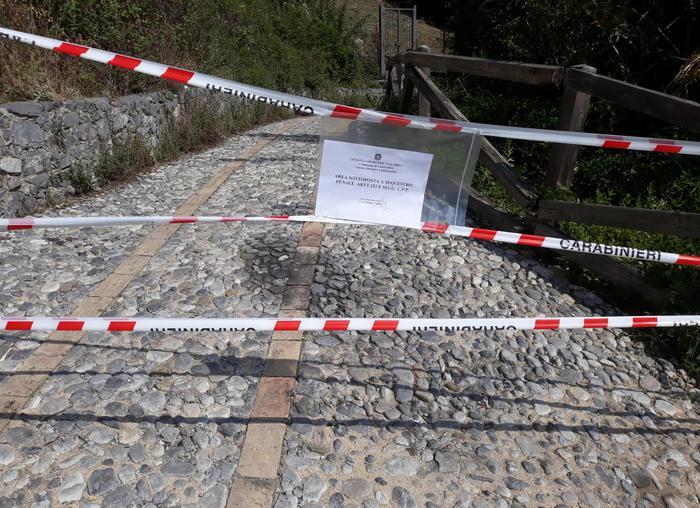 La procura di Castrovillari sequestra l'area delle gole del Reganello