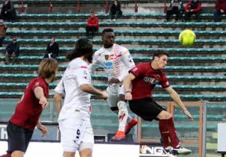 Lega Pro, il Lecce sbanca a Reggio: risultati e classifica della 26 esima giornata
