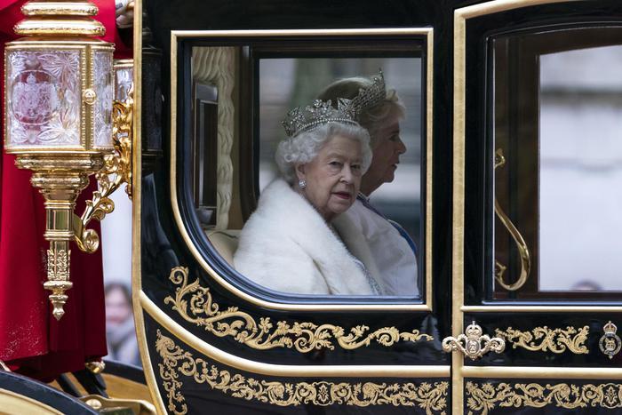 Brexit, la regina d'Inghilterra: usciremo dall'Ue il prossimo 31 ottobre