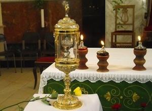 Momento di grande fede a Enna per la reliquia di Santa Rita da Cascia