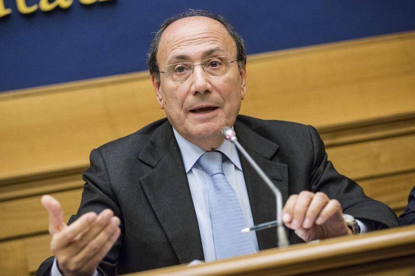 """Caltanissetta, """"sistema Montante"""": nuove accuse al senatore Schifani"""