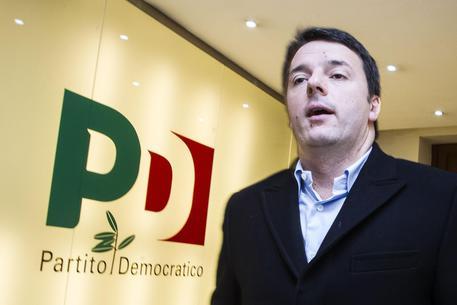 L'Assemblea del Pd, standing ovation in apertura per Matteo Renzi