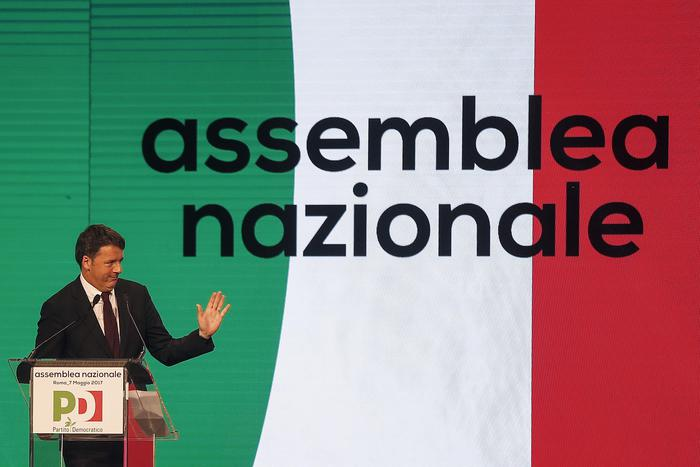 Pd, Matteo Renzi proclamato segretario