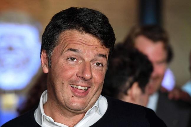 Renzi si sfila dalle primarie del Pd