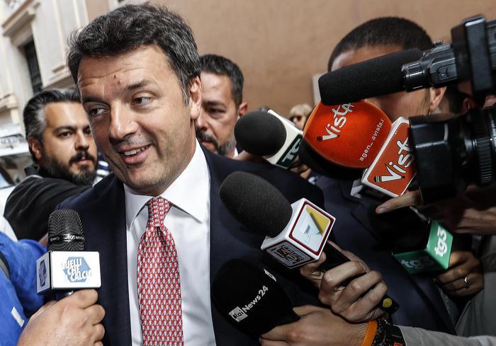 """Italia Viva, Renzi suona la carica: """"Presto saremo 50, discontinuità con il Pd"""""""