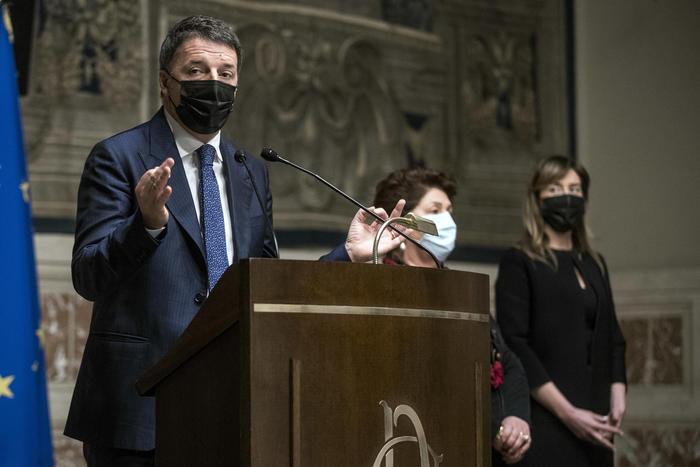 Big da Fico, Pd-5S per Conte: Renzi vuole idee prima di nomi