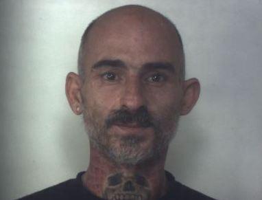 Evade dai domiciliari per commettere un furto: preso a Siracusa