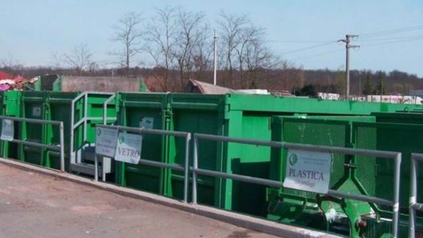 Rifiuti, potenziamento dei centri di raccolta a Caltagirone