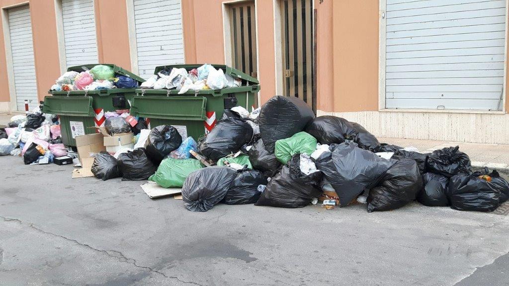 Rifiuti Siracusa, sanzioni più pesanti a chi sporca