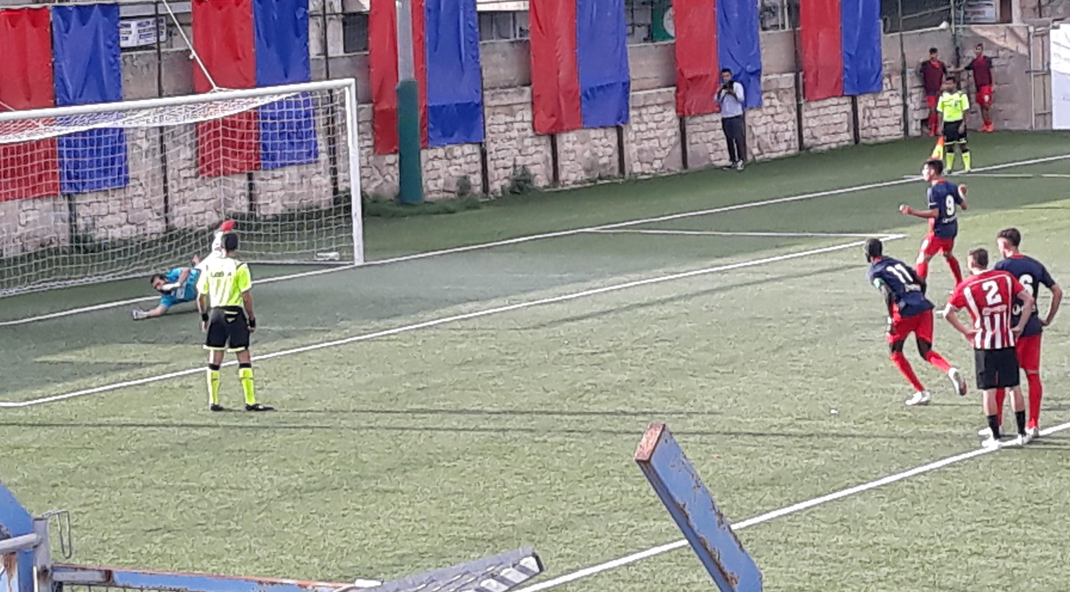 """Calcio, in Promozione il Modica """"affonda"""" il Priolo Gargallo: finisce 5 a 0 con tripletta di Drago. Frigintini raggiunto ad Avola al 91'"""