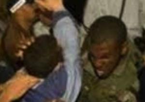 Siracusa, rissa tra migranti per un cellulare: tre denunce a piede libero