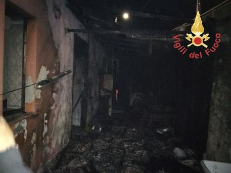 """""""Intimidazioni"""" a Catanzaro, in fiamme i locali del ristorante """"Ai Reduci"""""""