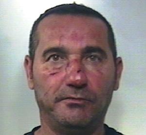 Caltagirone, ferisce a coltellate l'ex della sua donna: finisce in cella