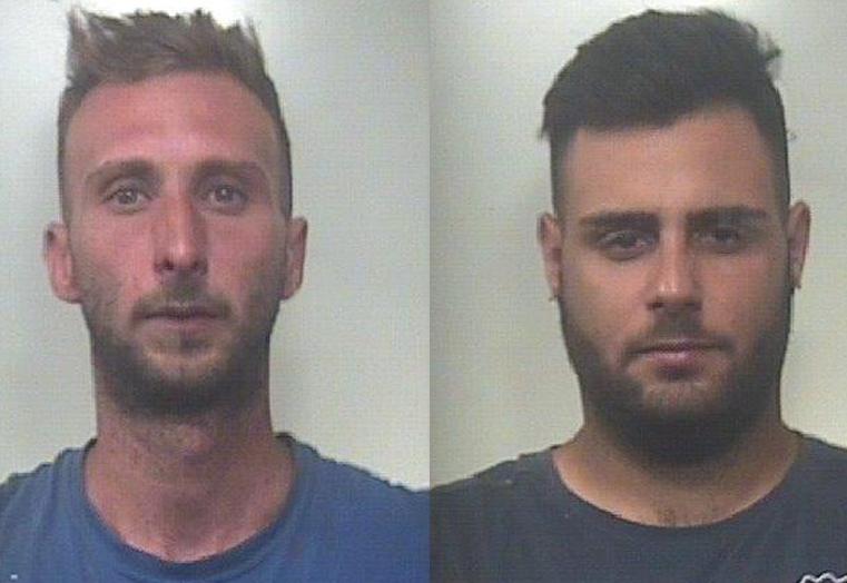 Rubavano legna in un fondo di Carlentini: arrestati due catanesi
