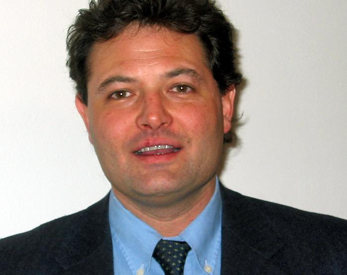 Appalti odontoiatrici in Lombardia, arrestato il consigliere della Lega Rizzi per tangenti