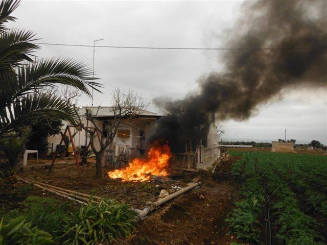 Termini Imerese, brucia illegalmente dei rifiuti: arrestato un 37enne