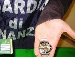 Marsala, vendevano finti Rolex per buoni: arrestata una coppia