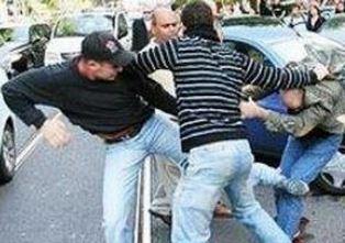 Floridia, prima partecipano a una festa poi scoppia una rissa: tre denunciati a piede libero