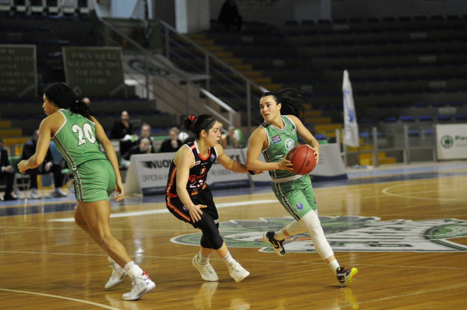 Basket donne, prova di maturità per Ragusa: battuto il quintetto di Schio