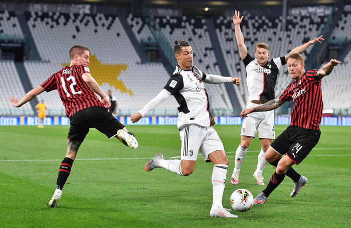 Juventus - Milan finisce in parità 0 - 0: bianconeri in finale di Coppa Italia