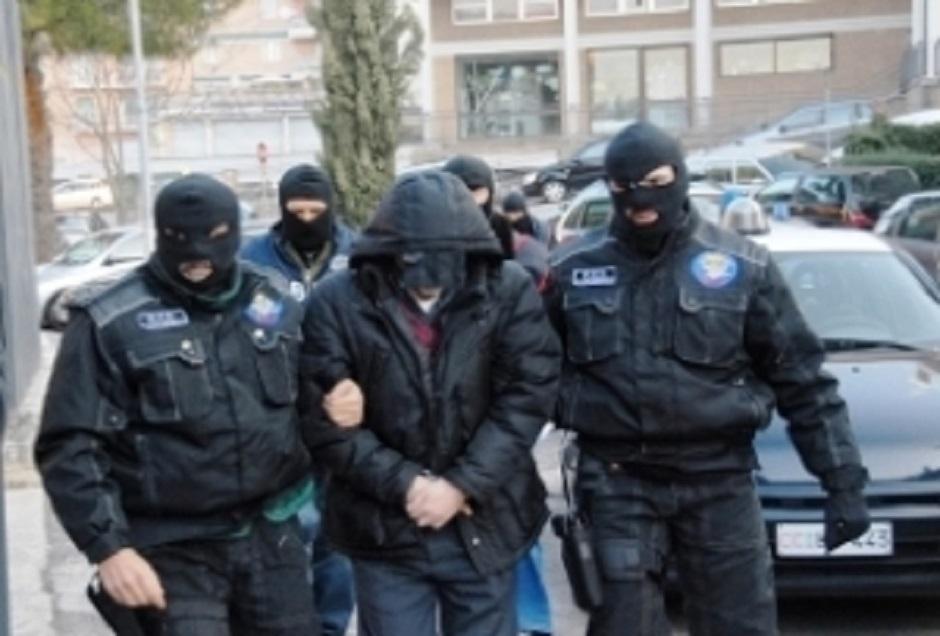 Tentata estorsione a impresa di pompe funebri, arrestati 2 del clan del Calatino