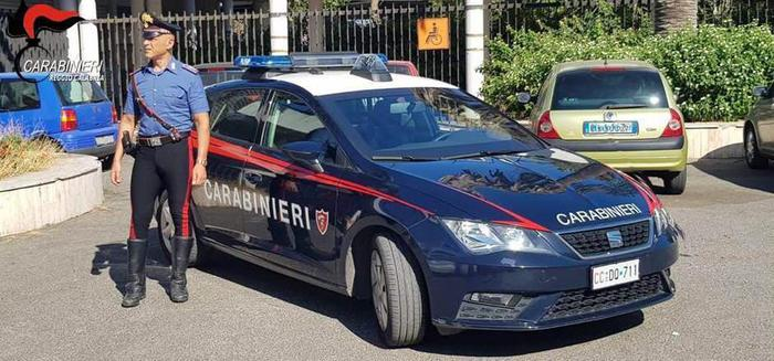 Vigile si faceva pagare dagli ambulanti abusivi, arrestato a Rosarno