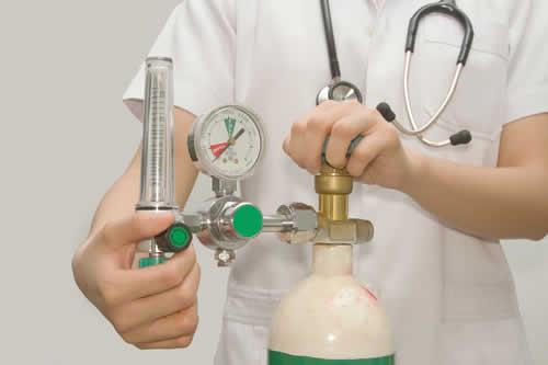 Rosolini, niente bombole d'ossigeno nelle farmacie