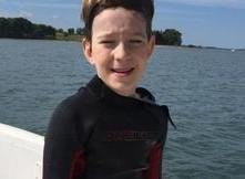 Bambino di 11 anni attraverserà lo Stretto di Messina a nuoto per beneficienza