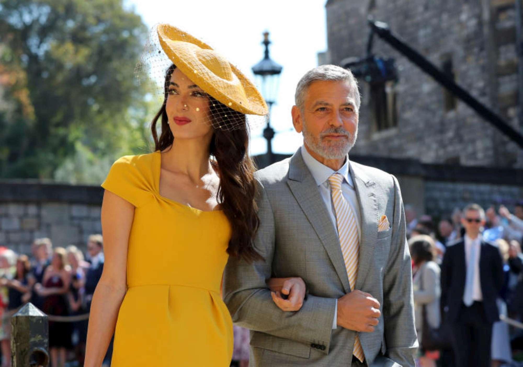 """Royal Wedding: """"Clooney...chi?"""", George e Amal bloccati da sicurezza"""