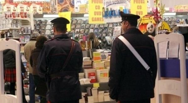 Covid, domani scatta il coprifuoco in Sicilia: la domenica negozi aperti fino alle 14