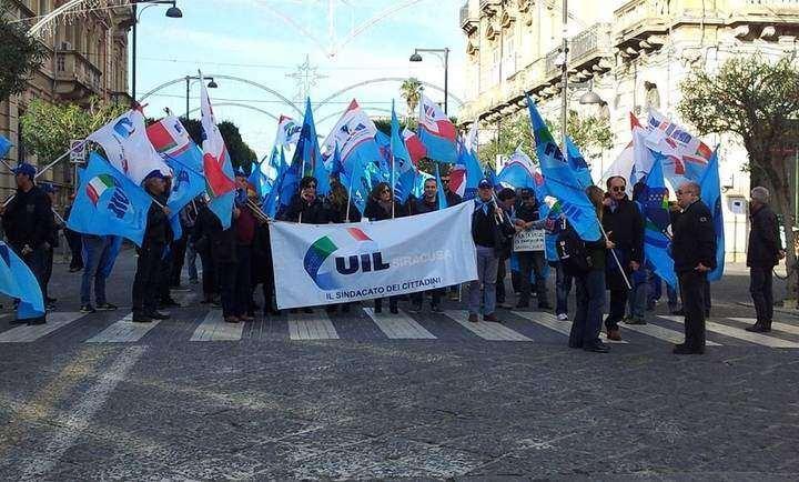 """""""Lavoro&Dignità"""", manifestazione dei confederali a Siracusa il 13 aprile"""