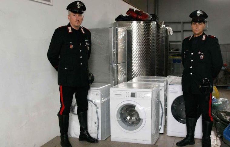 Ragusa, recuperati elettrodomestici rubati: una denuncia