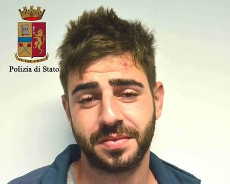 Ragusa, minaccia con un coltello un barista: arrestato dalla Polizia