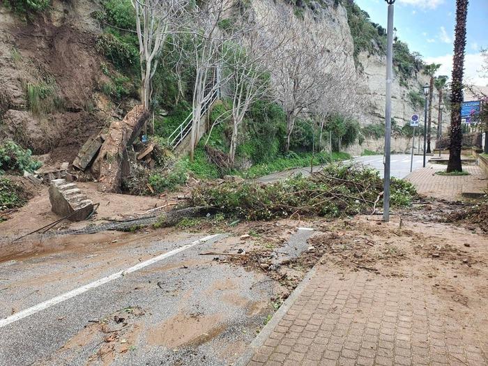 Maltempo, danneggiata dalla pioggia la Rupe di Tropea