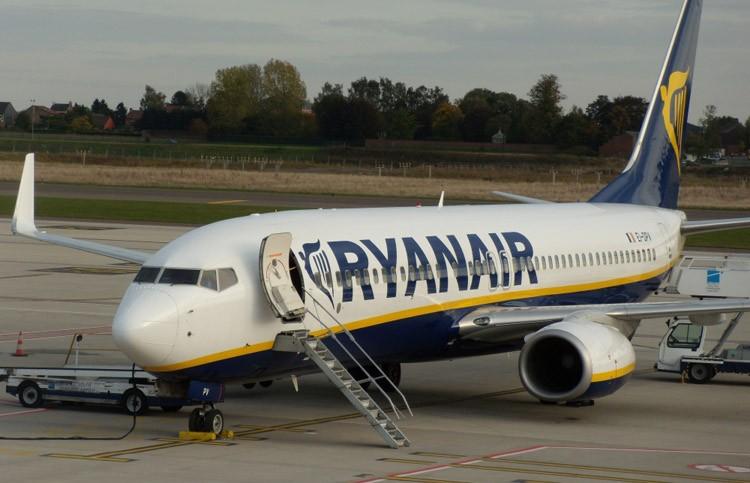 Il Catania-Bologna parte con 5 ore di ritardo: caos in aeroporto