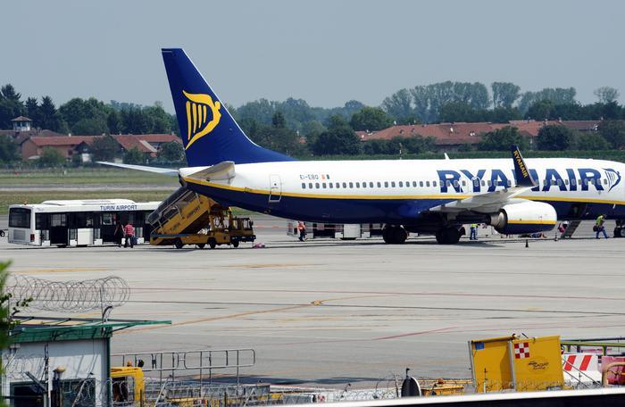 Scaduta la convenzione tra l'aeroporto di Trapani e Ryanair: appello dei sindaci alla Regione