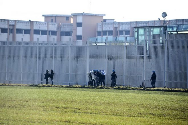 Carceri, detenuta trovata morta in una cella a Salerno