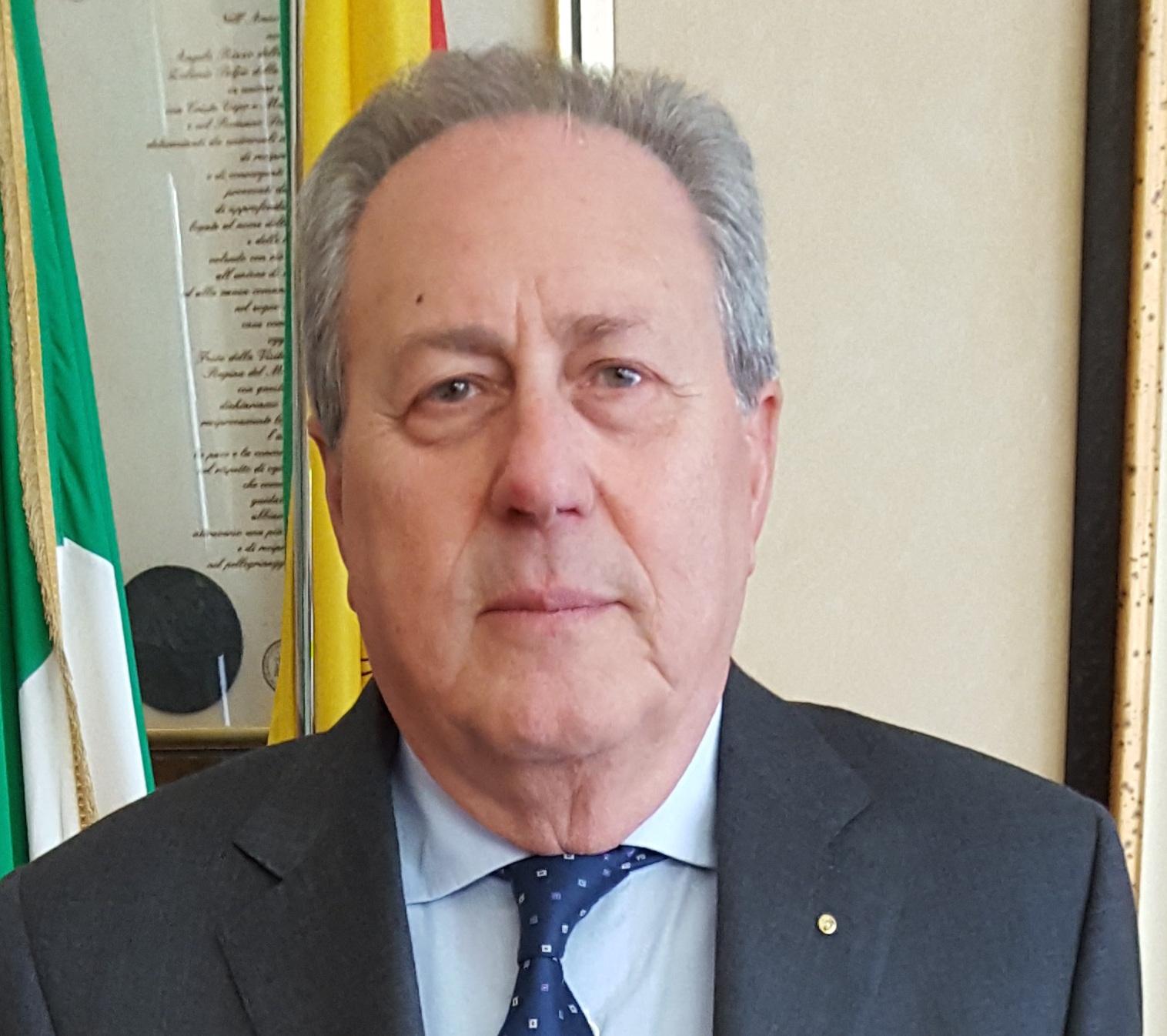 Rifiuti: Ragusa, il commissario straordinario incontra i sindaci