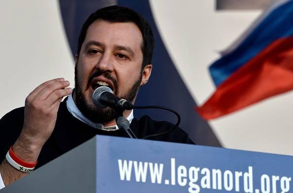 """Salvini:""""Barricate se cancellano immigrazione clandestina"""""""