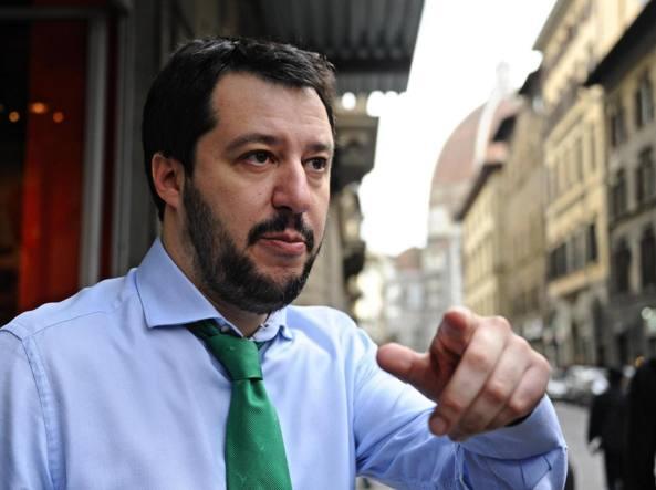 Regionali: Salvini a Vittoria tra zucchine, pomodori e cannoli